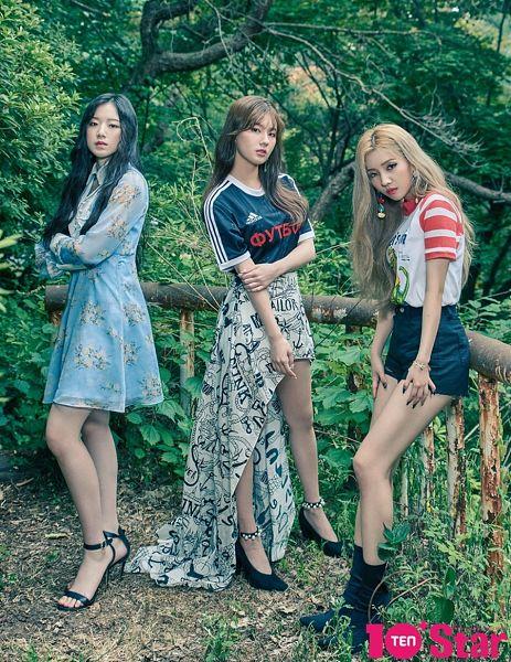 Tags: K-Pop, (G)-I-DLE, Yeh Shuhua, Jeon Soyeon, Cho Miyeon