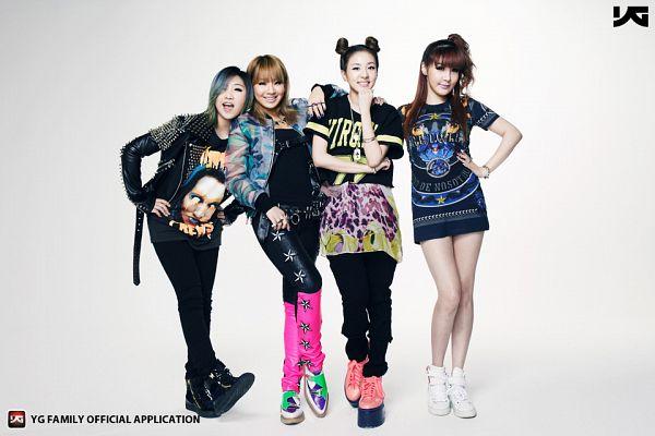 Tags: K-Pop, 2NE1, Park Bom, Sandara Park, Minzy, CL, Multi-colored Hair, Medium Hair, Laughing, Black Pants, Hand On Hip, English Text