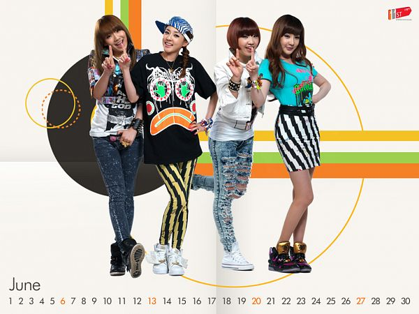 Tags: K-Pop, 2NE1, Sandara Park, Minzy, CL, Park Bom, Laughing, Text: Calendar Date, Skirt, Full Group, Hand On Hip, Light Background