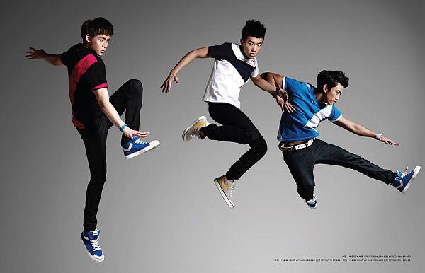 Tags: K-Pop, 2PM, Jang Wooyoung, Ok Taecyeon, Nichkhun