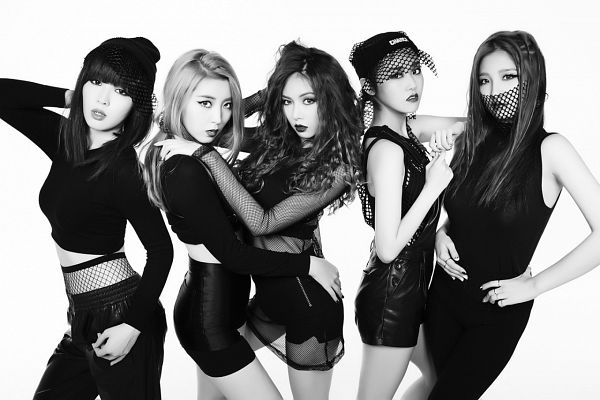 Tags: K-Pop, 4Minute, Crazy, Gayoon, Hyuna, Jenyer, Sohyun, Son Jihyun, White Background, Five Girls, Black Headwear, Monochrome