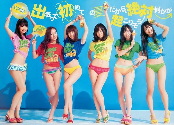 Tags: J-Pop, AKB48, Atsuko Maeda, Kashiwagi Yuki, Mayu Watanabe, Kitahara Rie, Oshima Yuko, Tomomi Itano, Red Shirt, Bare Legs, Grin, Suggestive