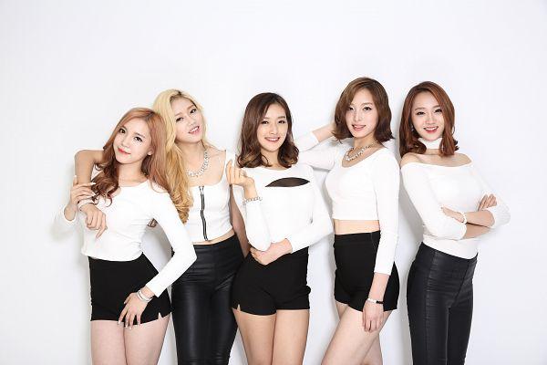 Tags: K-Pop, ATT (Asia Twinkle Treasure), Temptation, Kwak Yujeong, Joo Ayeong, Lee Seyeon, Sebi, Bae Seohee, Black Pants, Shorts, Make Up, Light Background