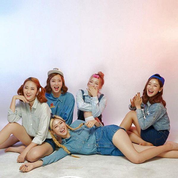 Tags: K-Pop, ATT (Asia Twinkle Treasure), Pop It Up, Lee Seyeon, Bae Seohee, Sebi, Kwak Yujeong, Joo Ayeong, Jeans, Denim Shorts, Quintet, Full Group