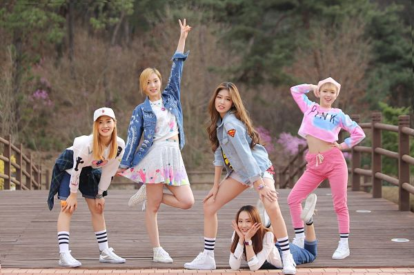 Tags: K-Pop, ATT (Asia Twinkle Treasure), Pop It Up, Kwak Yujeong, Joo Ayeong, Lee Seyeon, Bae Seohee, Sebi, Five Girls, Group, One Arm Up, Pink Pants