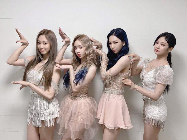 Tags: K-Pop, Aespa, Winter, Ningning, Giselle, Karina