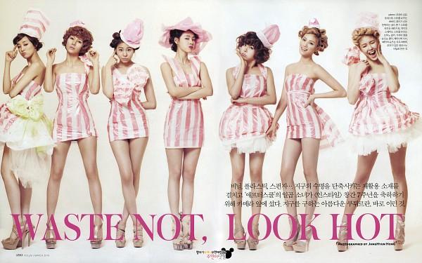 Tags: K-Pop, After School, Uee, Kim Jungah, Kahi, Lee Jooyeon, Nana, Raina, Bekah, Wavy Hair, No Background, Chin In Hand