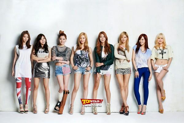 Tags: K-Pop, After School, Lee Jooyeon, Uee, Lee Gaeun, Nana, E-young, Lizzy, Kim Jungah, Raina, Blonde Hair, Navel