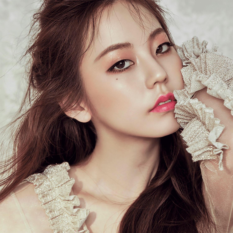 Ahn.Sohee.full.80162.jpg