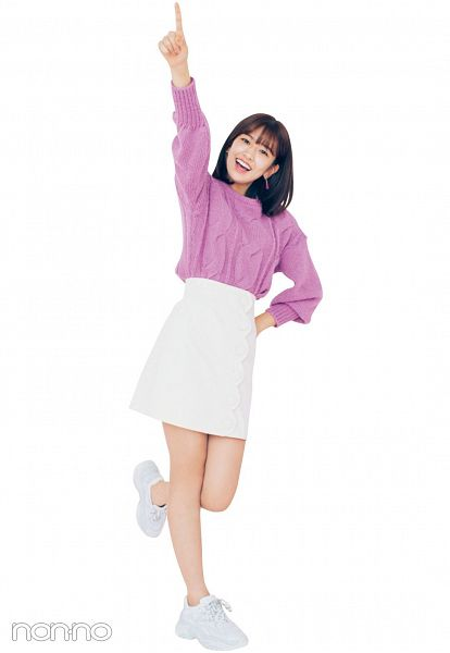 Tags: K-Pop, IZ*ONE, Ahn Yujin, Skirt, Purple Shirt, Light Background, White Background, Standing On One Leg, Pointing, One Arm Up, White Skirt, Medium Hair