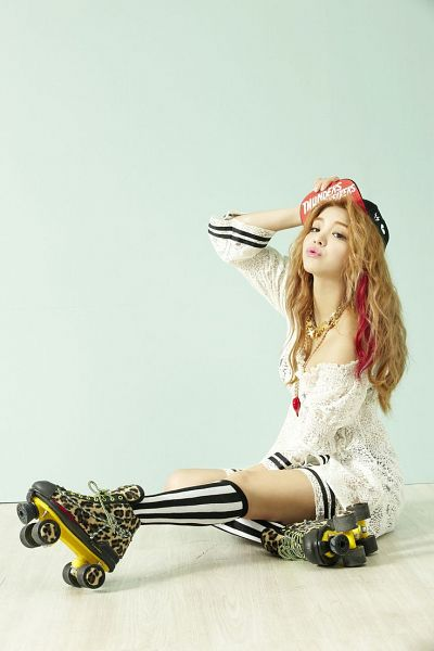 Tags: K-Pop, Ailee, Roller Skates