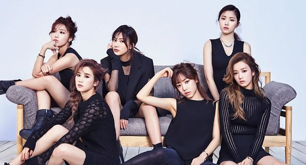 Tags: Plan A Entertainment, K-Pop, Apink, Son Na-eun, Yoon Bo-mi, Park Cho-rong, Jung Eun-ji, Kim Nam-joo, Oh Ha-young, Sitting On Couch, Couch, Full Group