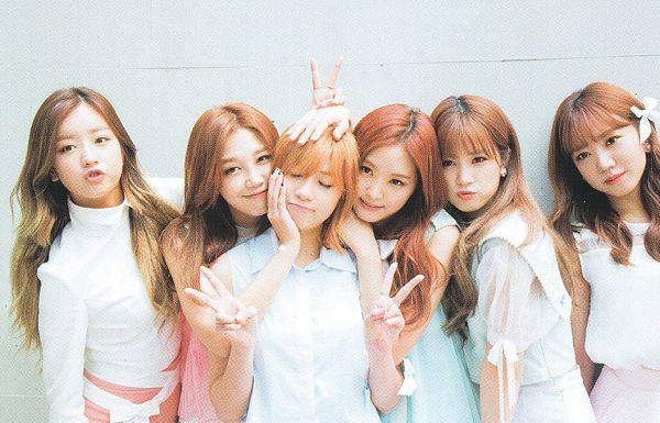 Tags: K-Pop, Apink, Yoon Bo-mi, Park Cho-rong, Jung Eun-ji, Kim Nam-joo, Oh Ha-young, Son Na-eun, Bare Shoulders, Pink Shirt, Medium Hair, Green Dress