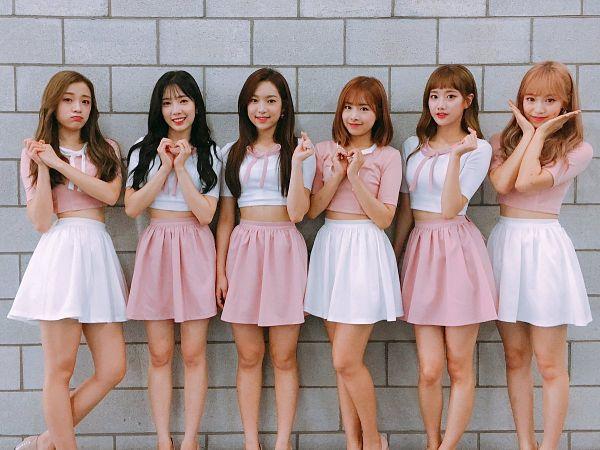Tags: K-Pop, April, Yang Yena, Yoon Chaekyung, Lee Naeun, Kim Chaewon (April), Lee Jinsol, Rachel (April)