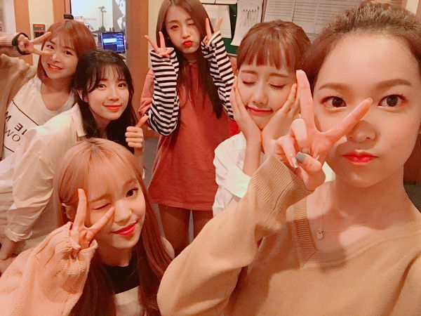 Tags: K-Pop, April, Lee Naeun, Kim Chaewon (April), Lee Jinsol, Rachel (April), Yang Yena, Yoon Chaekyung