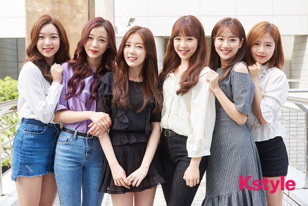Tags: K-Pop, April, Rachel (April), Yang Yena, Yoon Chaekyung, Lee Naeun, Kim Chaewon (April), Lee Jinsol