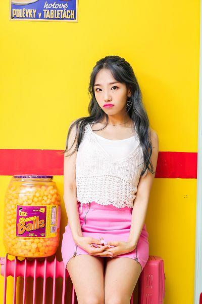 Tags: K-Pop, Yellow Bee, Ari, Yellow Background, Food, Pouting, Skirt, Pink Skirt, Cheese, Radiator