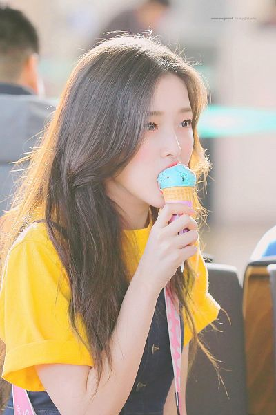 Tags: K-Pop, Oh My Girl, Arin, Ice Cream, Side View, Sweets, Eating, Food, Overalls, Yellow Shirt, Make Up