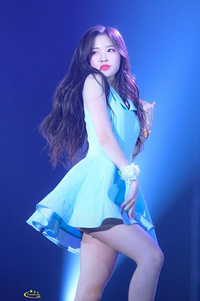 Tags: K-Pop, Oh My Girl, Arin, Collar (Clothes), Flower, Dancing, Make Up, Blue Dress, Nail Polish, Looking Away, Blue Eyes, Blue Outfit