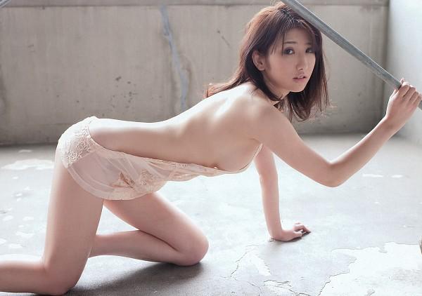 Tags: Arisa, See Through Clothes, Crawling, Suggestive, Wallpaper