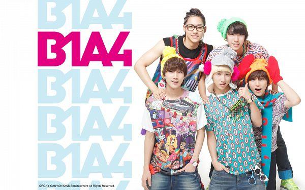 Tags: K-Pop, B1A4, Jung Jinyoung, Gongchan, Sandeul, CNU, Baro, Jeans, Blue Shirt, Hand In Pocket, Thumbs Up, Gloves