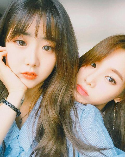 Tags: K-Pop, BESTie, Uji, Kang Hyeyeon, Two Girls, Duo, Selca