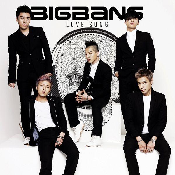 Tags: YG Entertainment, K-Pop, BIGBANG, Love Song, Kang Daesung, G-Dragon, Seungri, Taeyang, T.O.P., White Footwear, Hat, Black Jacket