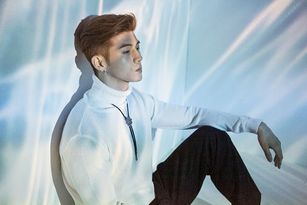 Tags: DSP Media, K-Pop, K.A.R.D, Don't Recall, BM, Leaning On Wall, Sitting On Ground, Necklace, Turtleneck, Black Pants, Shadow, Light Background