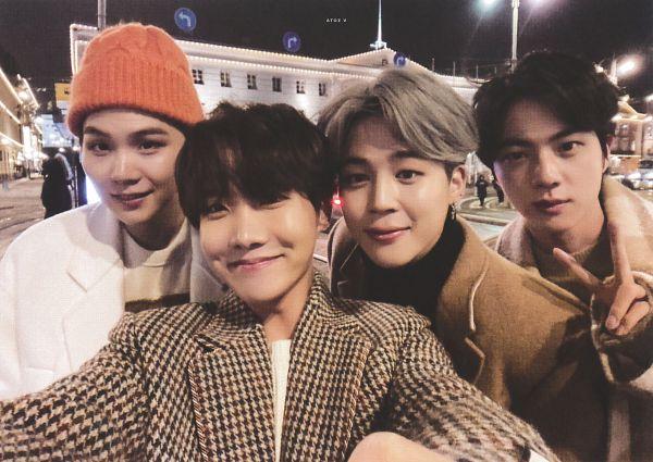 Tags: K-Pop, BTS, Suga, Jin, Park Jimin, J-Hope, Brown Outerwear, Gray Hair, Hat, Orange Headwear, White Outerwear, Quartet
