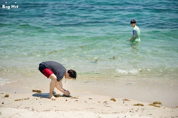 Tags: K-Pop, BTS, Park Jimin, V (Kim Taehyung), In Water, Striped, Beach, Duo, Looking At Another, Sand, Necklace, Outdoors