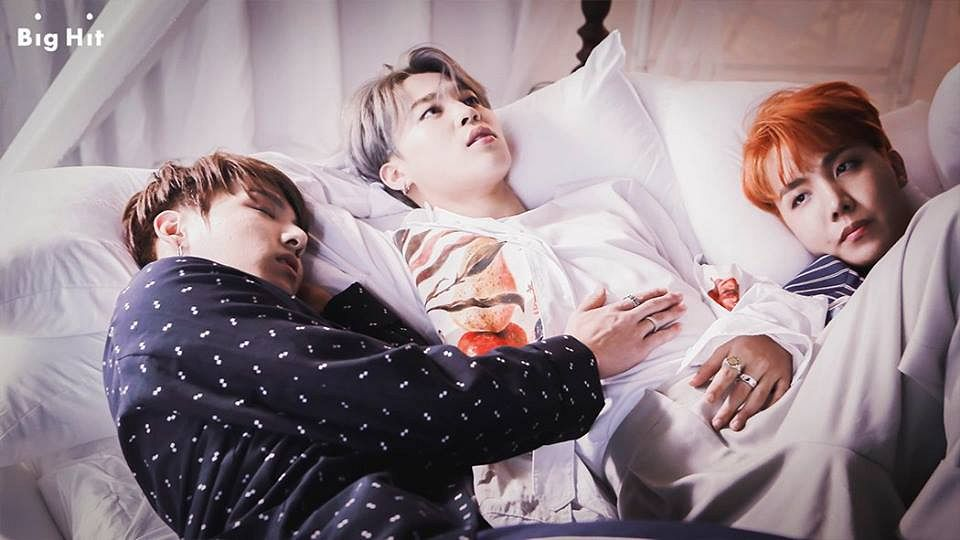 Tags: K-Pop, BTS, J-Hope, Jungkook, Park Jimin, Red Hair, Sleeping, Spotted Shirt, Bed, Spotted, Ring, Gray Hair