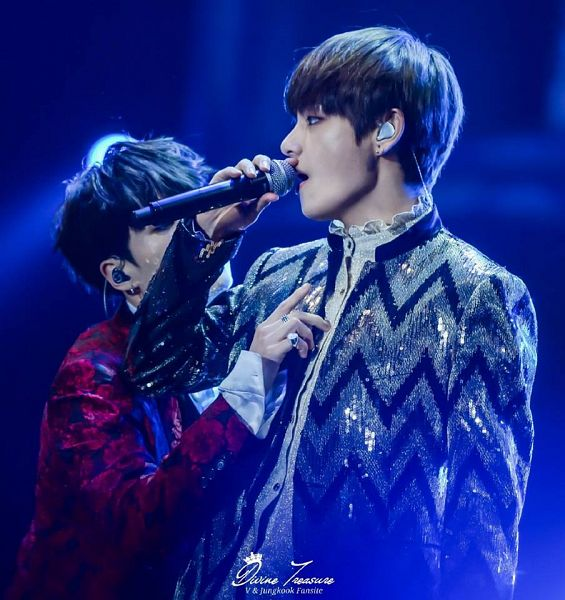 Tags: K-Pop, BTS, V (Kim Taehyung), Suga, Two Males, Stage, Singing, Floral Print, Red Jacket, Contact Lenses, Striped, Earbuds
