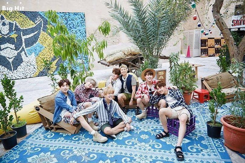 Tags: K-Pop, BTS, Park Jimin, J-Hope, Suga, Jungkook, Jin, V (Kim Taehyung), Rap Monster, Vase, Scarf, Full Group