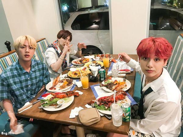 Tags: K-Pop, BTS, Jungkook, Suga, Jin, Trio, Three Males, Bracelet, Collar (Clothes), Car, Food, Indoors