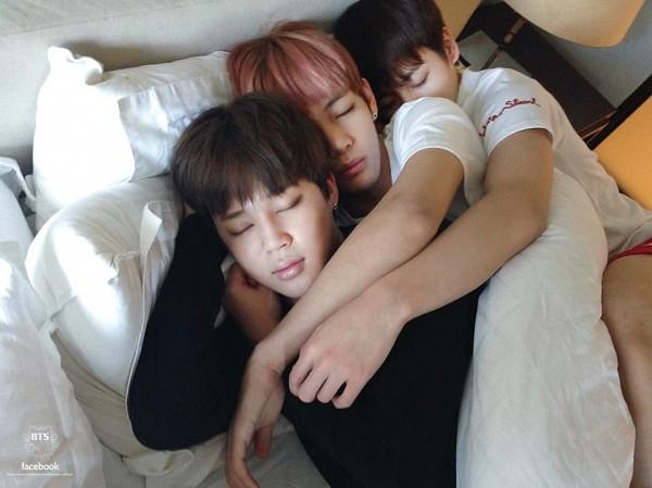 Tags: K-Pop, BTS, Jungkook, V (Kim Taehyung), Park Jimin, Bed, Sleeping, Eyes Closed, Hug, Trio, Holding Close, Pillow
