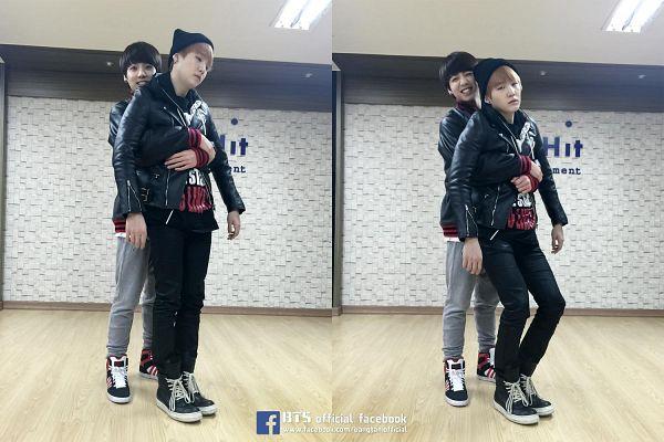 Tags: K-Pop, BTS, Jungkook, Suga, Black Jacket, Hug From Behind, Duo, Grin, Two Males, Hug, Black Headwear, Leather Jacket