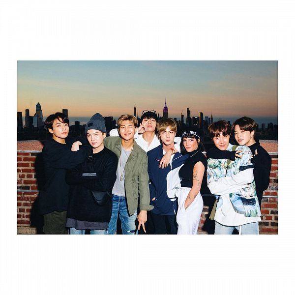 Tags: K-Pop, BTS, V (Kim Taehyung), Halsey, Rap Monster, Park Jimin, J-Hope, Suga, Jungkook, Jin, Group, Full Group