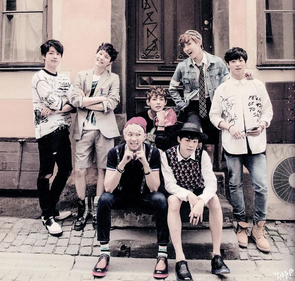 Tags: K-Pop, BTS, V (Kim Taehyung), Rap Monster, Park Jimin, J-Hope, Suga, Jungkook, Jin, Crossed Arms, Shorts, Brown Shorts