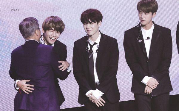 Tags: K-Pop, BTS, Jin, V (Kim Taehyung), Suga, Moon Jae-in, Black Pants, Tie, Laughing, Black Neckwear, Holding Close, Purple Jacket
