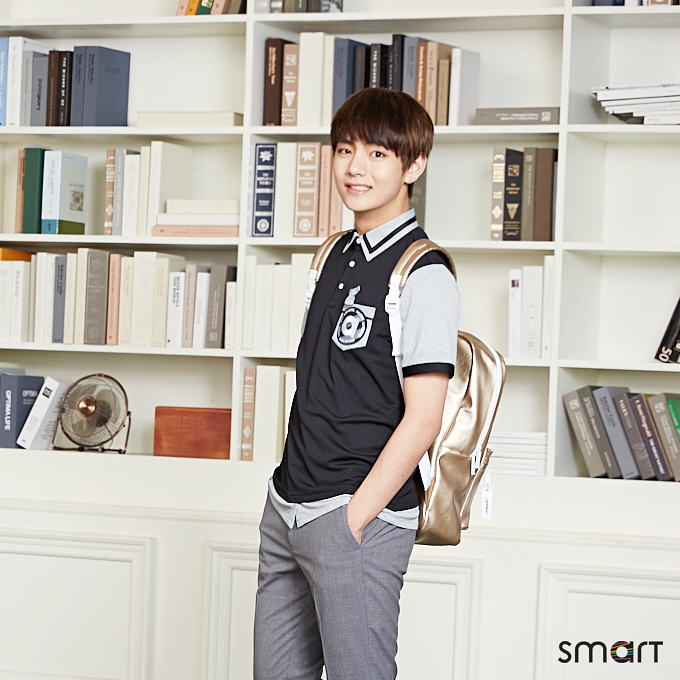 Tags: K-Pop, BTS, V (Kim Taehyung), Grin, Gray Pants, Short Sleeves, Backpack, Fan, Black Eyes, School Uniform, Book, Electric Fan