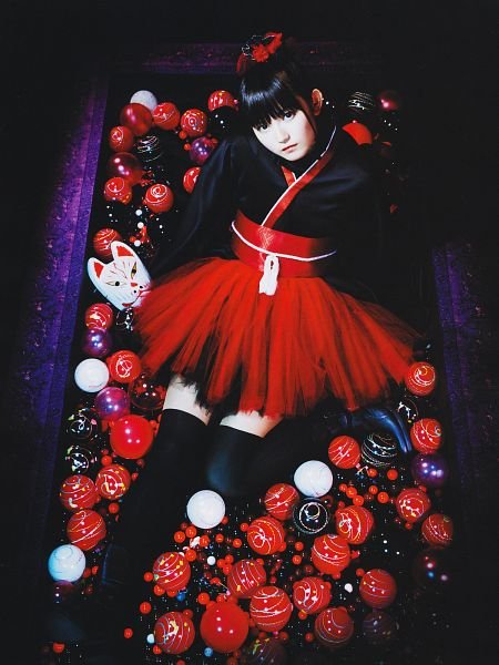 Tags: J-Pop, Babymetal, Su-metal, Android/iPhone Wallpaper