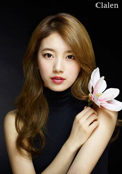 Tags: K-Pop, Miss A, Bae Suzy, Flower, Dark Background, Black Background, Sleeveless Shirt, Collar (Clothes), Black Eyes, Turtleneck, Red Lips, Bare Shoulders