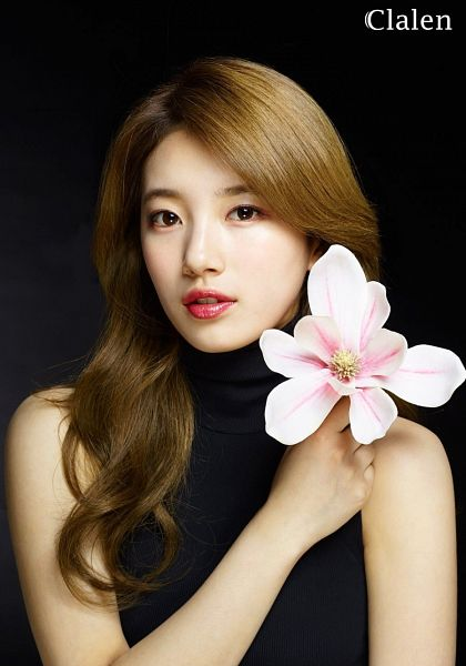 Tags: K-Pop, Miss A, Bae Suzy, Sleeveless, Serious, Flower, Dark Background, Black Background, Sleeveless Shirt, Collar (Clothes), Black Eyes, Turtleneck