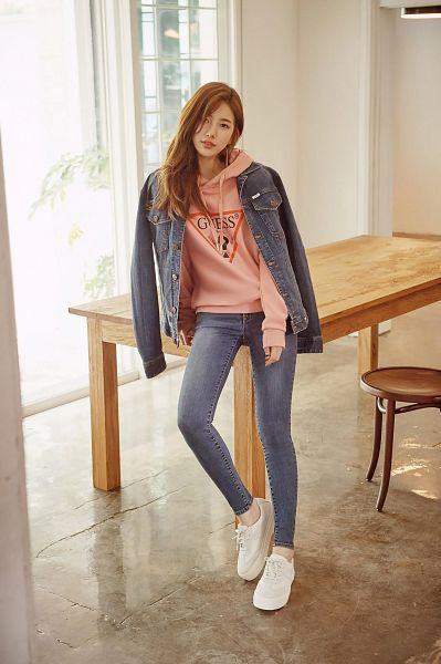 Tags: K-Pop, Miss A, Bae Suzy, Table, Sitting On Table, Hoodie, Pink Shirt, Jeans, Chair, Guess, Android/iPhone Wallpaper