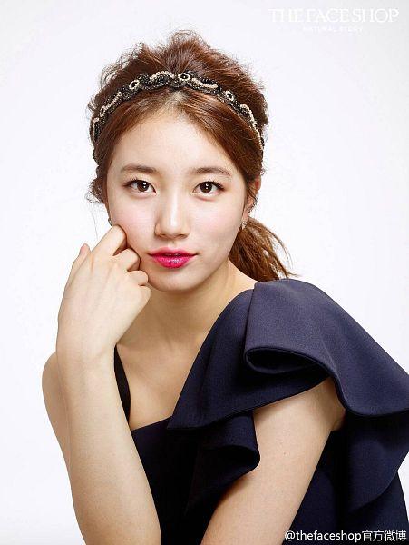 Tags: K-Pop, Miss A, Bae Suzy, Jewelry, Blue Dress, Make Up