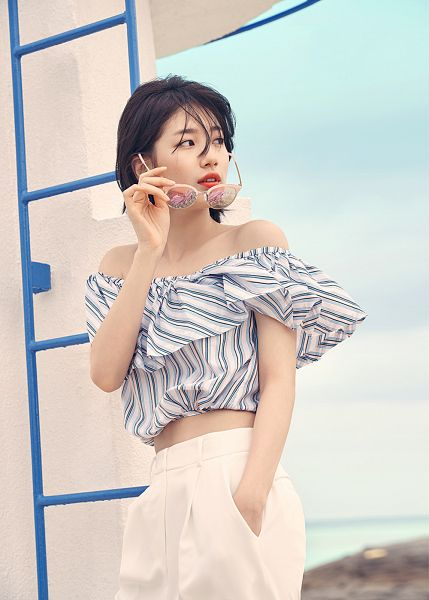 Tags: K-Pop, Miss A, Bae Suzy, Standing, Sky, Pants, Glasses Off, Short Hair, Hand In Pocket, Bare Shoulders, Glasses, Striped