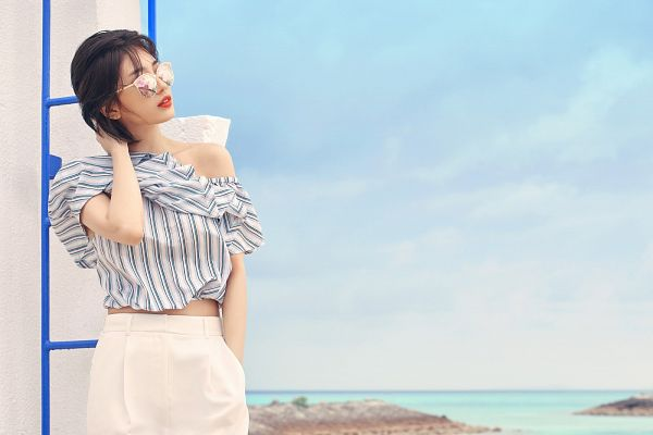 Tags: K-Pop, Miss A, Bae Suzy, Striped Shirt, White Skirt, Sea, Serious, Hand In Pocket, Sky, Short Hair, Water, Glasses