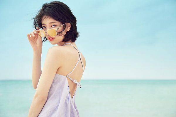 Tags: K-Pop, Miss A, Bae Suzy, Sea, Water, Looking Back
