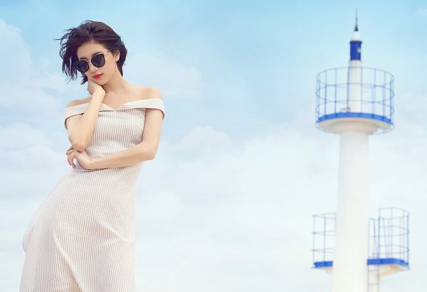 Tags: K-Pop, Miss A, Bae Suzy, Standing, Sky, Wind, White Dress, White Outfit, Flowing Hair, Short Hair, Red Lips, Glasses
