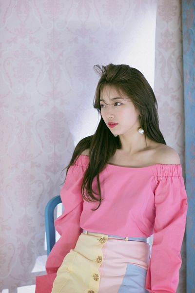 Tags: JYP Entertainment, K-Pop, Bae Suzy, Serious, Red Lips, Looking Ahead, Bare Shoulders, White Skirt, Skirt, Messy Hair, Pink Shirt, Suzy 2018 Season's Greetings